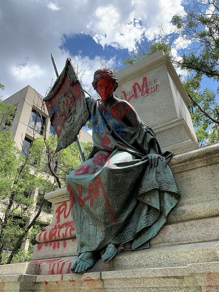 Statua dell'Albert Pike Memorial a Washington